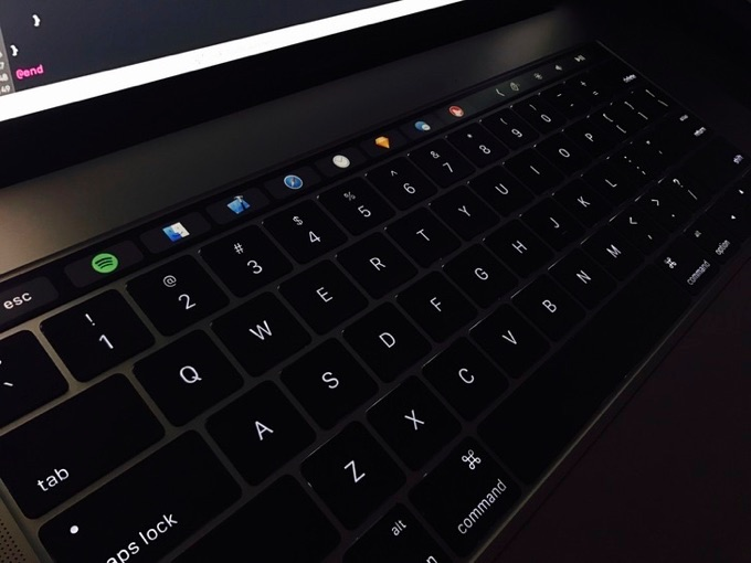 macos-dock-on-touch-bar