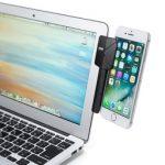 サンワサプライ、iPhoneやiPad miniをMacBookや液晶ディスプレイの側面に取り付けられるスマホクリップ「CR-LASP1BK」を発売。