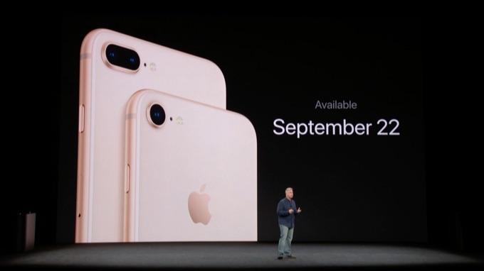 2017年9月22日発売のiPhone 8