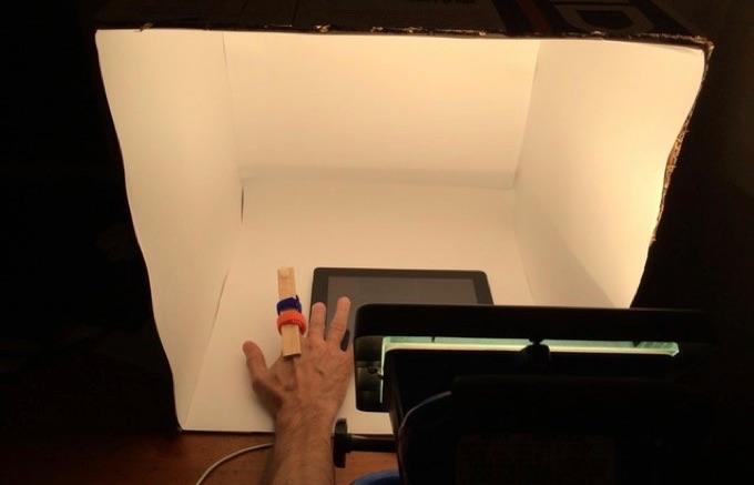 環境光を変えたカメラボタンのテスト