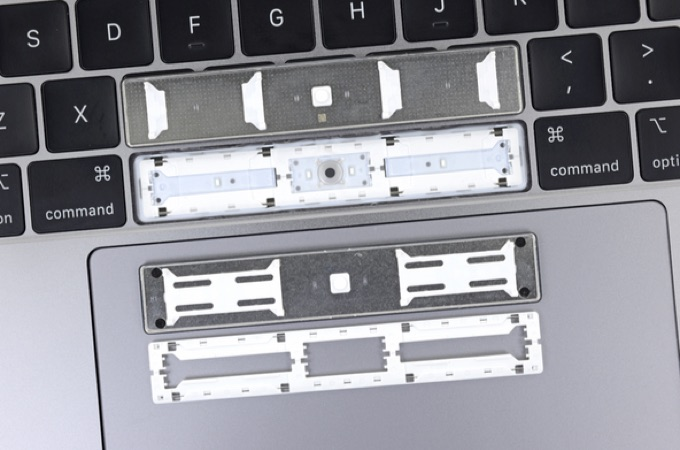 MacBook Pro 2018のスペースバーキー