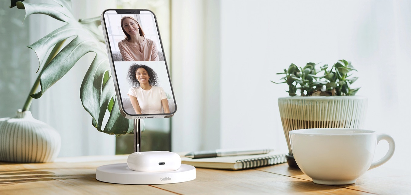 BOOST↑CHARGEPRO 2-in-1 Wireless Charger Stand with MagSafe